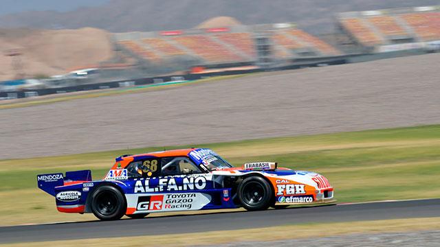 Santero se llevó la victoria del TC en el Villicum: Werner fue cuarto.