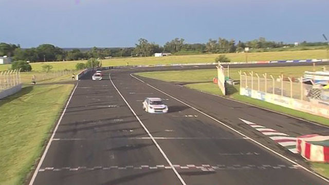 TC2000: triunfo para Aramendia en Paraná, donde el entrerriano Bastidas fue tercero