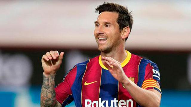 Lionel Messi marcó dos goles y Barcelona goleó a Elche.