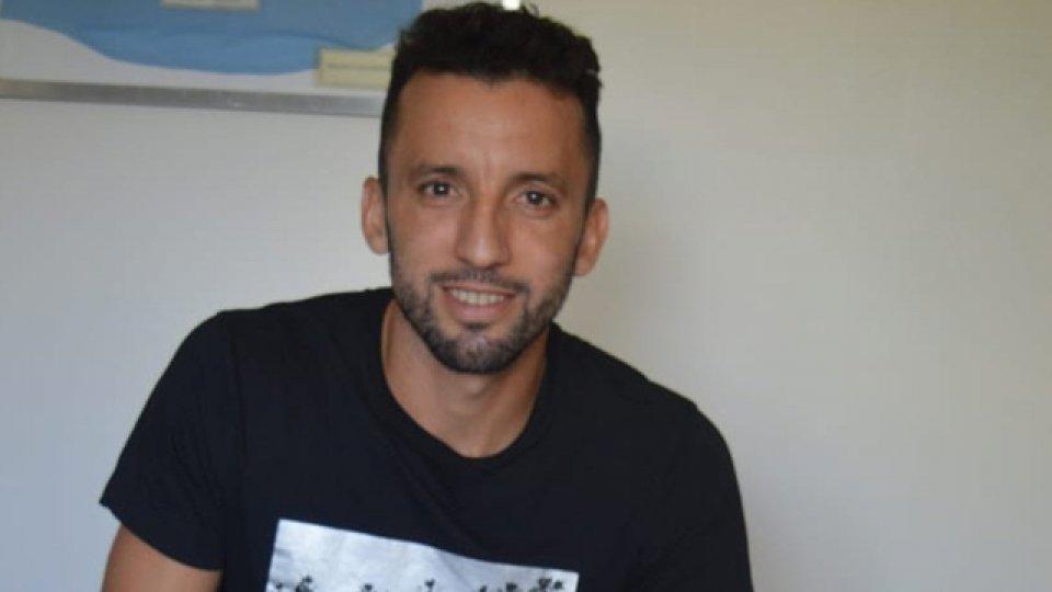 El Marciano sólo jugó un par de minutos en el Rojinegro y se fue al Arse.