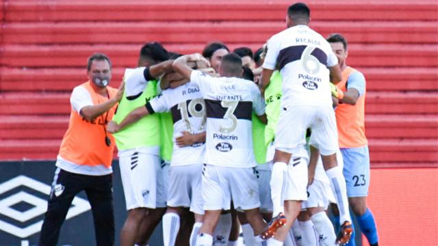El Calamar tuvo un regreso soñado a Primera División, ganando el clásico.