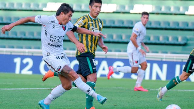 Colón goleó 3-0 a Banfield y es líder con puntaje ideal en la Copa de la Liga