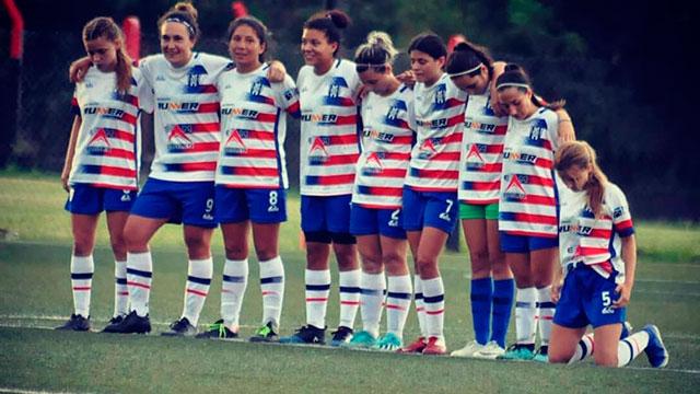 Fútbol Femenino: San Benito salió campeón en Rosario del Newells Cup.