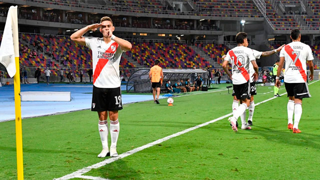 River, campeón de la Supercopa Argentina: goleó a Racing 5-0.