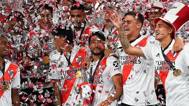 River goleó a Racing con un inapelable 5-0 y es campeón de la Supercopa Argentina