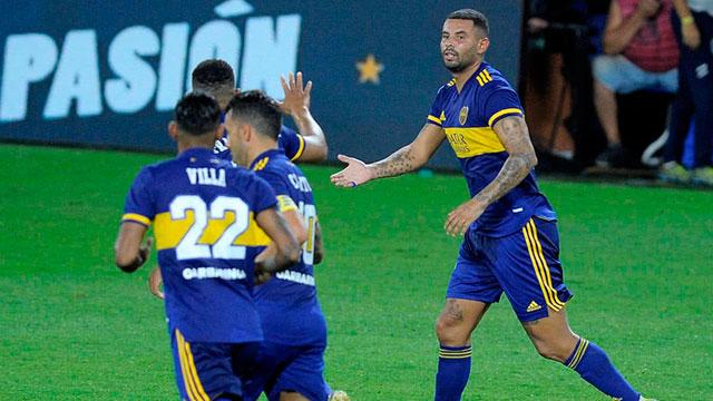 Copa de la Liga: Boca, en medio de una crisis y con la vuelta de Tevez, visita a Vélez