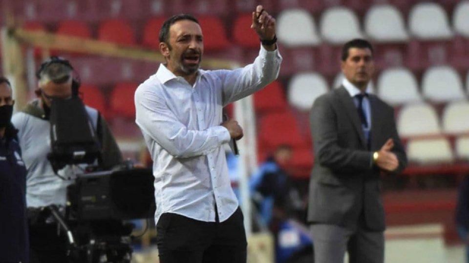 El Vasco cambia medio equipo con el objetivo de volver a la victoria.