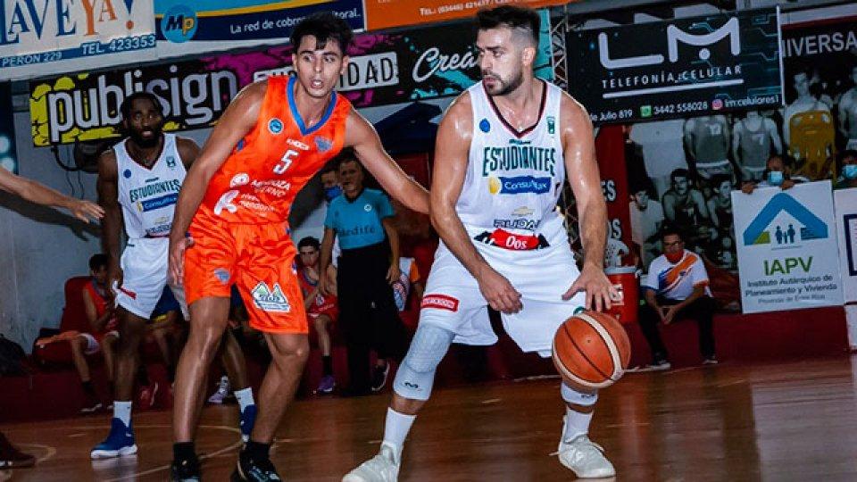 Estudiantes de Concordia volvió a ganar por la Liga Argentina de Básquet.