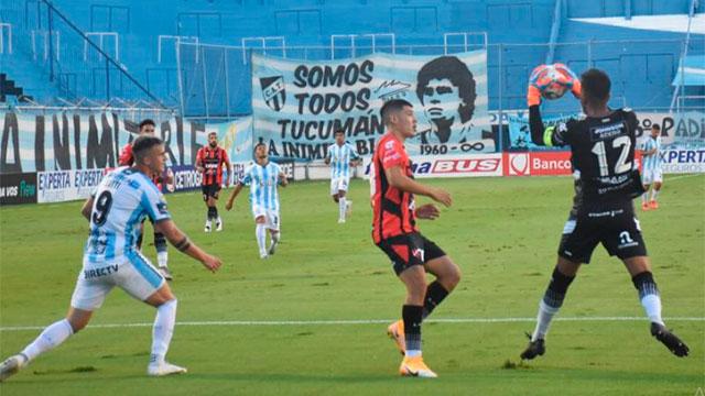 Patronato sufrió una dura derrota por 4 a 2 ante Atlético Tucumán.