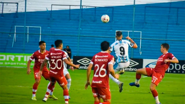 Atlético Tucumán y Huracán completaron los minutos restantes.
