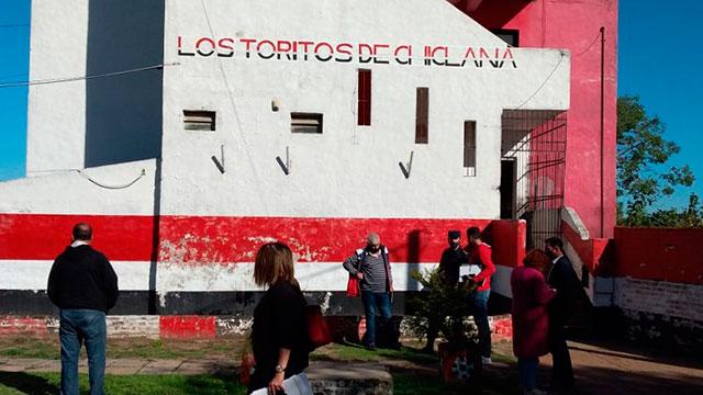 Los Toritos de Chiclana volvió a tener las puertas abiertas. (Foto J. Salguero)