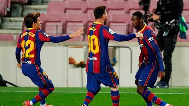 Pueden sancionar a jugadores del Barcelona por romper protocolo.