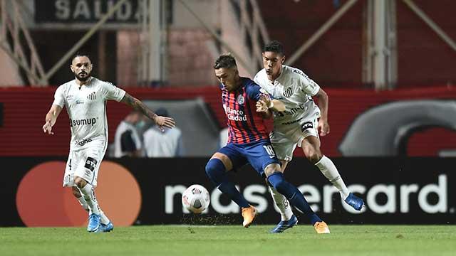 La Conmebol no cambia horarios a los clubes del AMBA ¿pierden las localías?