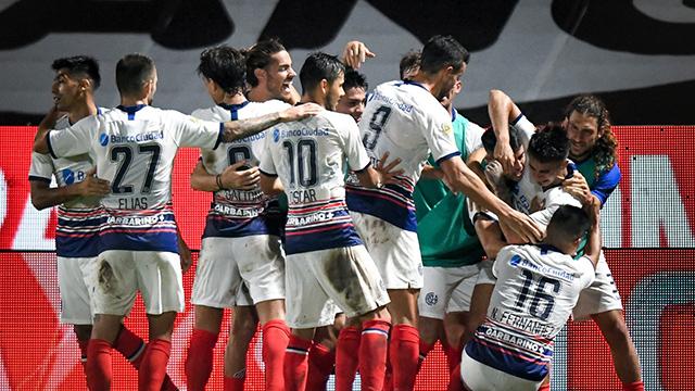 San Lorenzo recibe a 12 de Octubre.