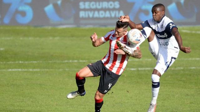 El empate sostuvo a Estudiantes dentro de la zona de clasificación.