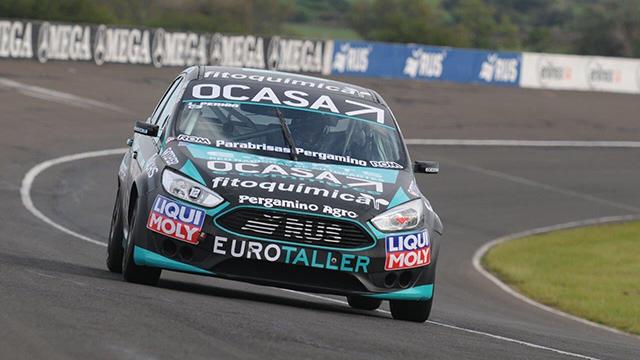 Con el Ford Focus, Pernía ganó en Paraná.