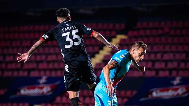 En Santa Fe, Colón derrotó a Arsenal y aseguró la clasificación.