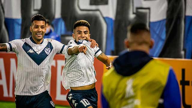 Vélez recibe a La Calera de Chile con la chance de conseguir la clasificación.