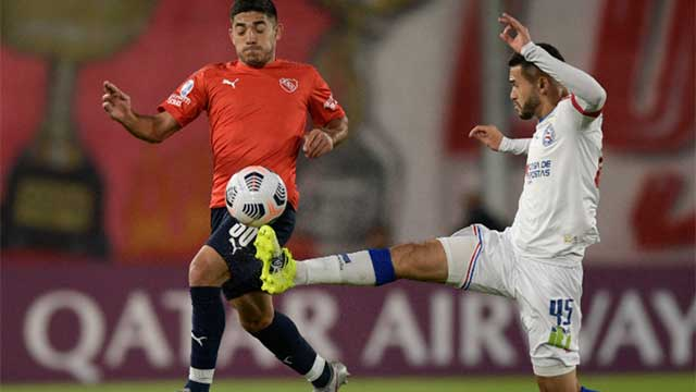 Independiente venció a Bahía y quedó a un paso de la clasificación a octavos.