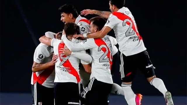 Con Enzo Pérez en el arco, le ganó a Independiente Santa Fe.