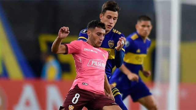 Boca tuvo una floja actuación y apenas empató sin goles con Barcelona.