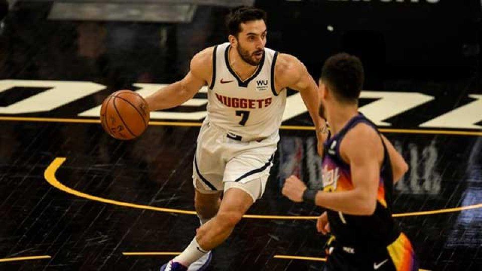 Denver buscan igualar la serie de los playoffs ante Phoenix.