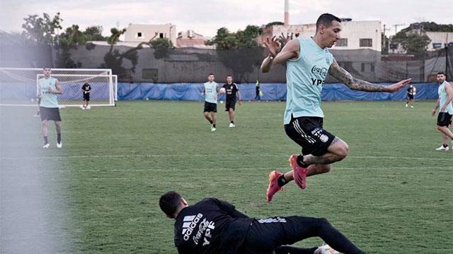 Argentina entrenó pensando en Paraguay y podría haber cambios