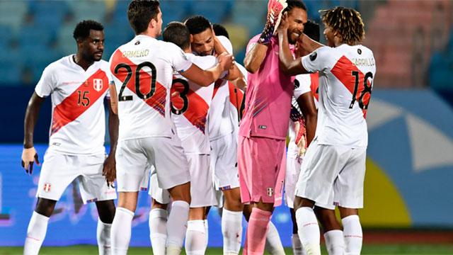 Perú derrotó a Colombia y se ilusiona en la Copa América.