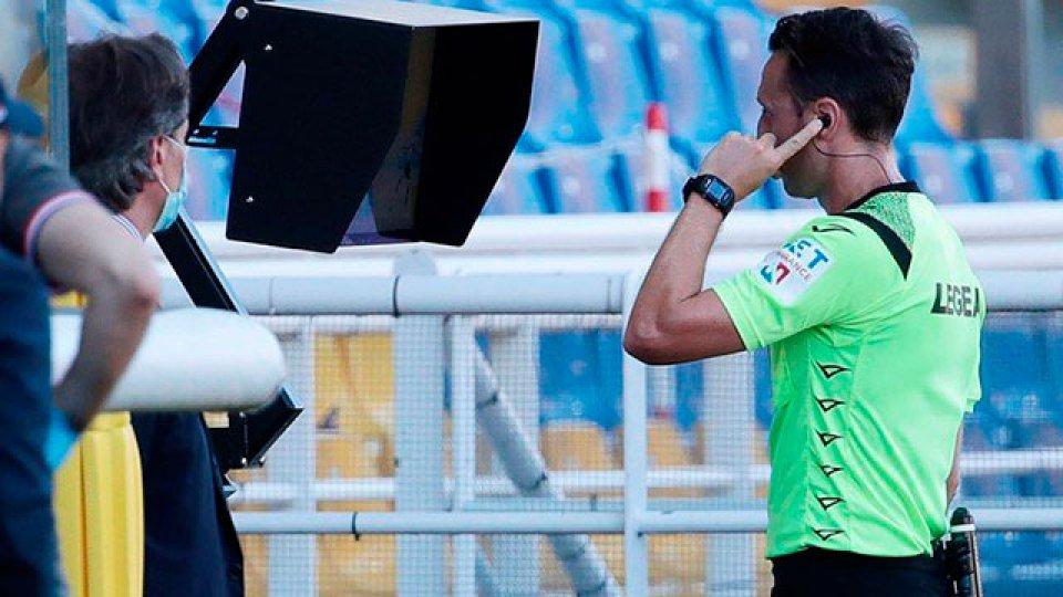 La Liga Profesional implementará el VAR desde el próximo torneo.