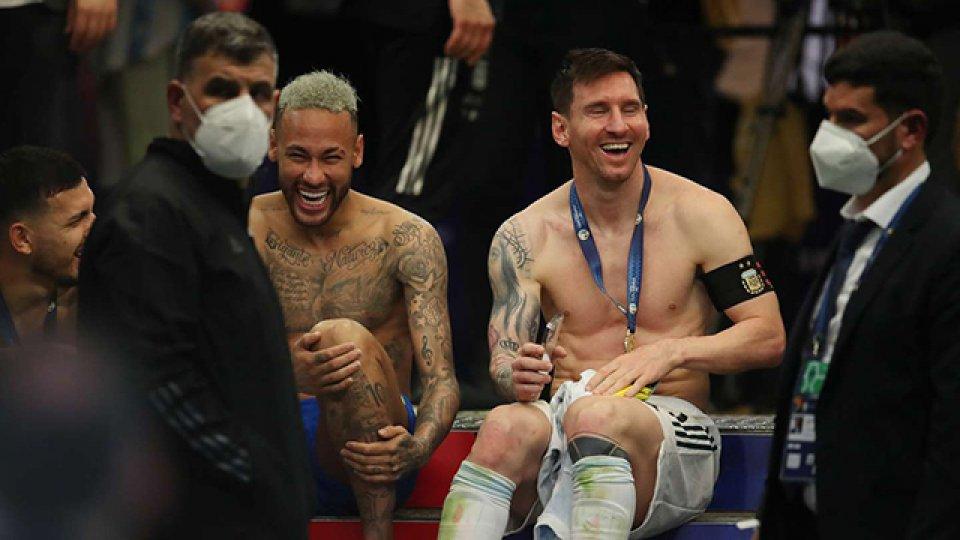 Revelan de qué conversaron Messi y Neymar después del Argentina-Brasil.