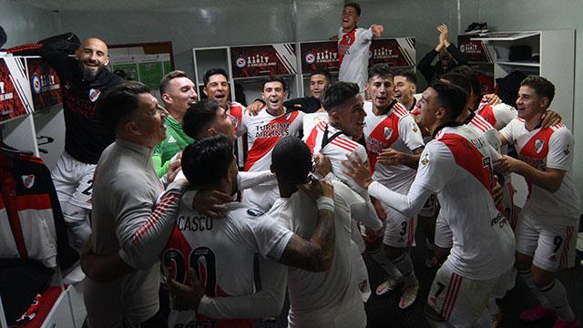River se impuso por 2-0 en La Paternal.