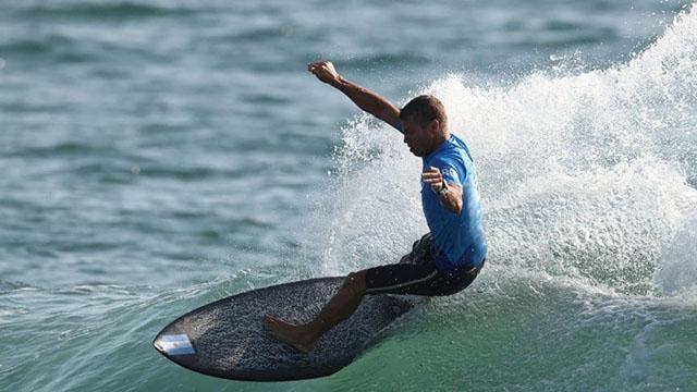 El surf tuvo su debut en los Juegos y Usuna sigue en carrera.