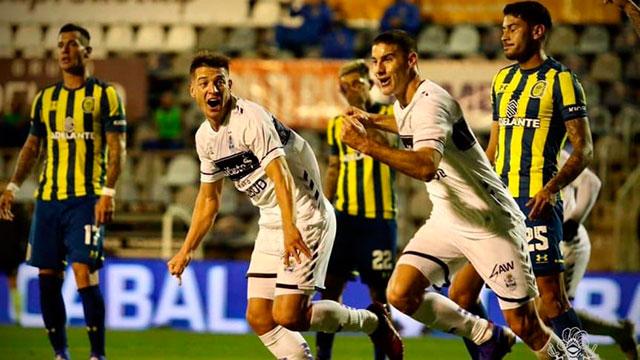 Leonardo Morales marcó el gol del triunfo de Gimnasia.