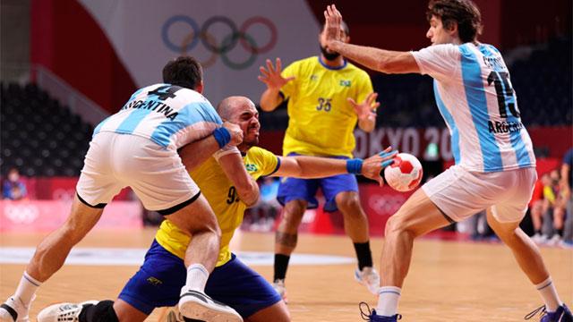 El Handball estuvo cerca de la hazaña, pero cayeron con Brasil y quedaron eliminados de Tokio