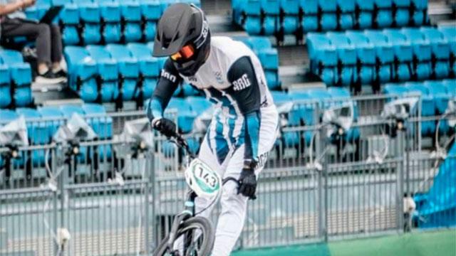El riojano Exequiel Torres, sin chances de medallas en BMX.