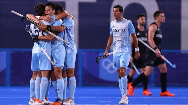 Los Leones golearon y se metieron en los cuartos de final de los Juegos Olímpicos