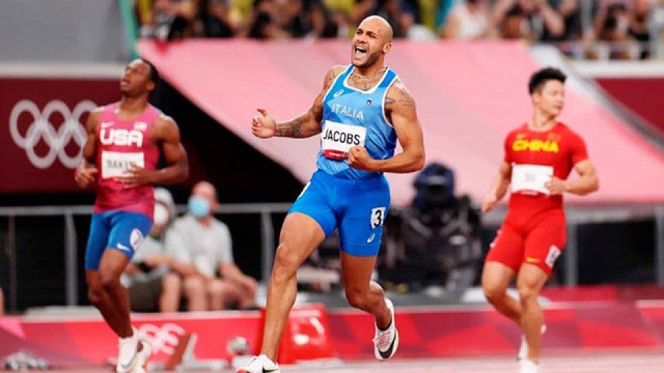 Lamont Jacobs ganó los 100 metros en Tokio.