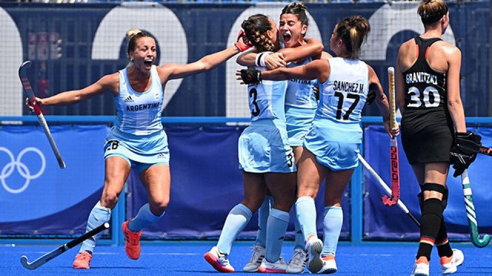 El seleccionado argentino de hockey sobre césped se impuso por 3 a 0.