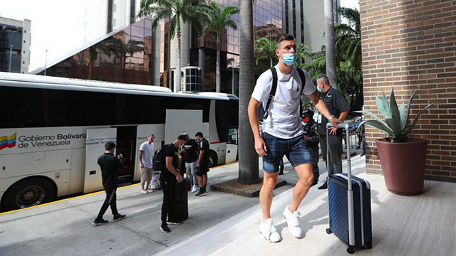 Siguen llegando los jugadores del seleccionado a Venezuela.