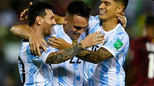 Argentina goleó a Venezuela y se encamina hacia Qatar 2022.