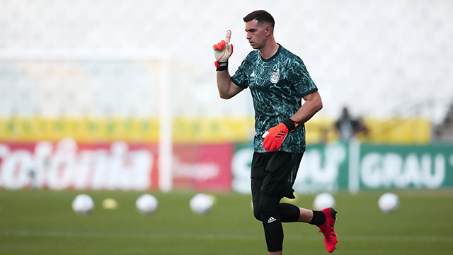 Martínez partirá rumbo a Croacia y no atajará contra Bolivia.
