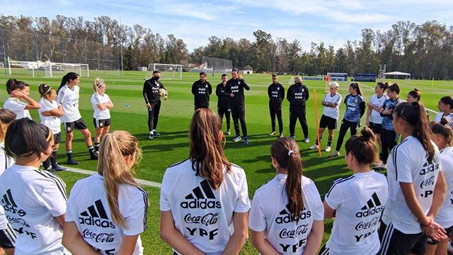 Las mujeres de Argentina van a jugar dos amistosos con Brasil.