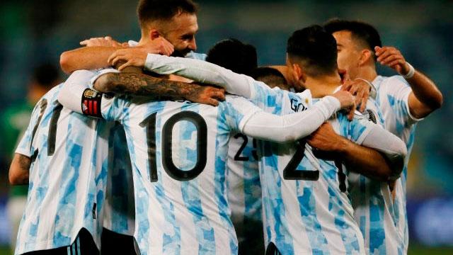 Con tres goles de Messi, Argentina le ganó 3-0 a Bolivia.