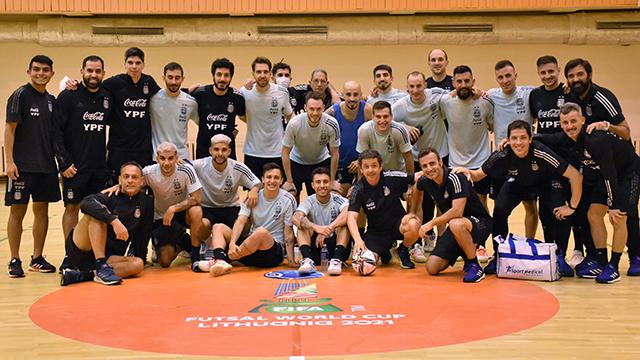 Argentina debuta en el Mundial de futsal.