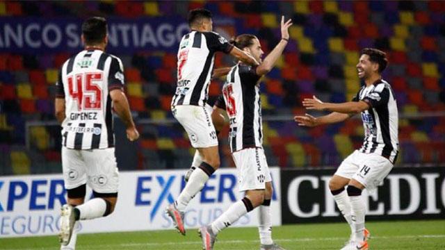 En el debut de Rondina, Central Córdoba festejó ante Atlético Tucumán.