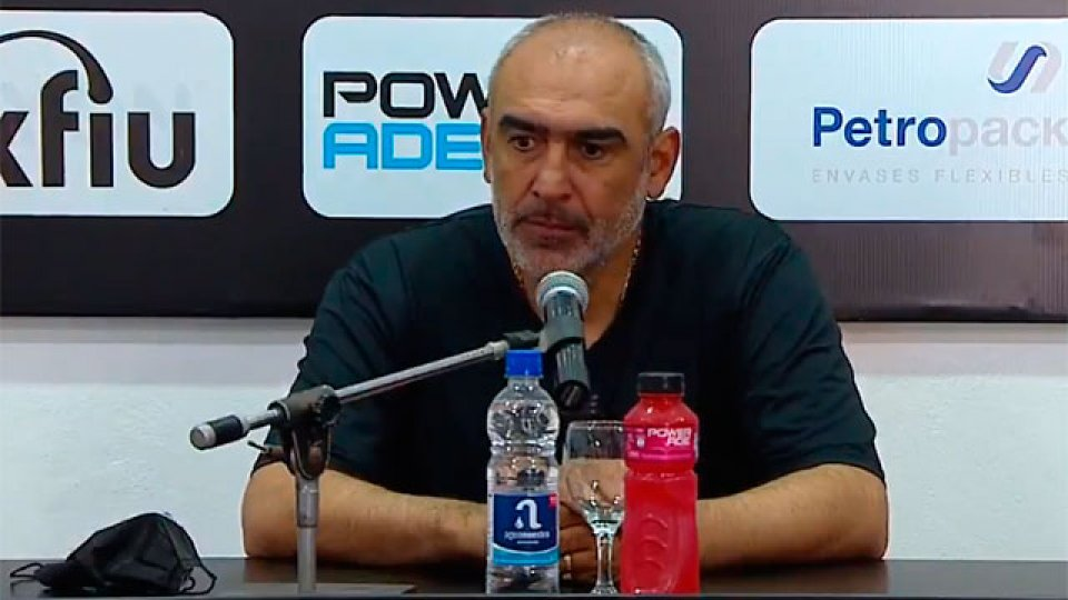 Iván Delfino fue autocrítico tras la derrota ante Estudiantes.