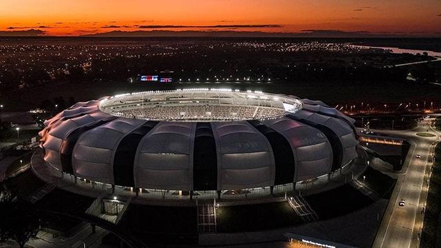 """Video: así es el """"Único Madre de Ciudades"""", el estadio donde jugará Patronato - Boca"""