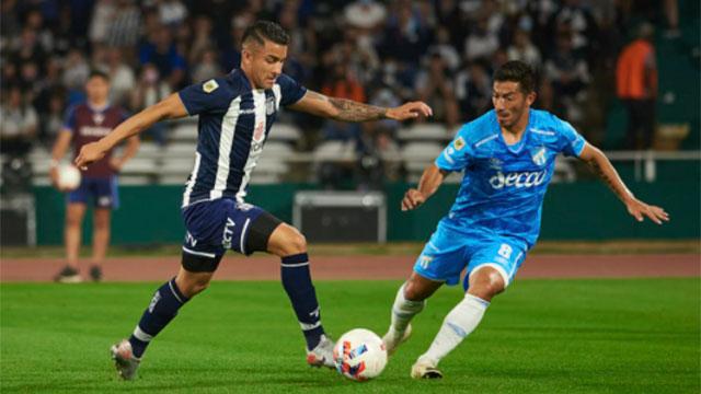 Talleres le ganó a Atlético Tucumán y sigue muy cerca de River.