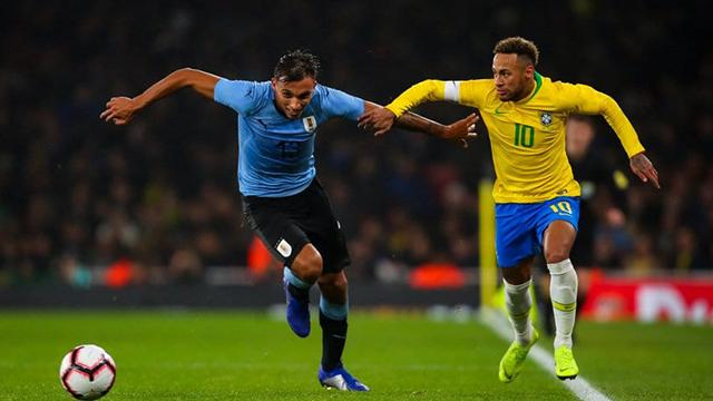 Brasil recibe a Uruguay en uno de los históricos clásicos sudamericanos.