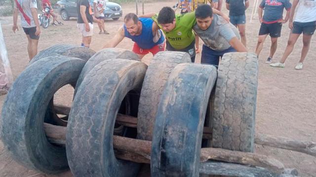 El enorme esfuerzo de jóvenes rugbiers en Santiago del Estero.